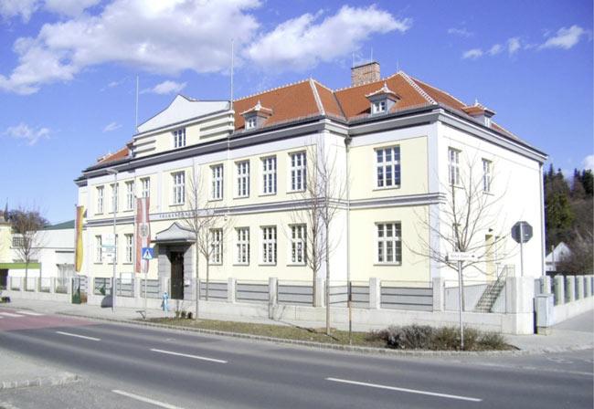 Die Volksschule in Rohrbach bei Mattersburg